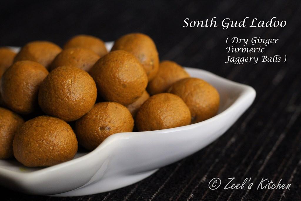 Sonth Gud Ladoo / Sonth Gur Ki Goli / Immunity-Boosting Balls / Dry Ginger Turmeric Jaggery Balls