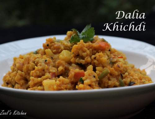 Dalia Khichdi | Dalia Moong Dal Khichdi Recipe
